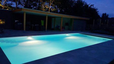 Een bouwkundig zwembad